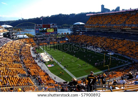 PITTSBURGH - OCTOBER 26: The New York Giants and Pittsburgh Steelers warm up on the field before their game at Heinz Field October 26, 2008 in Pittsburgh, PA - stock photo