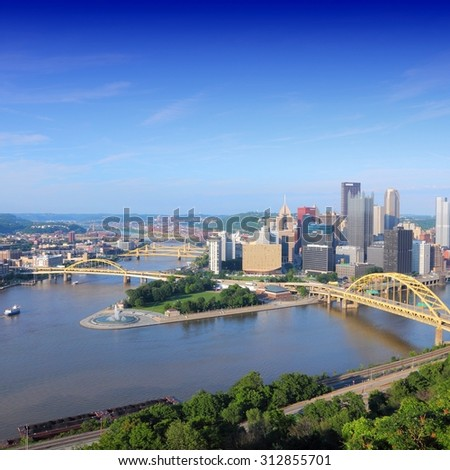 Pittsburgh, Pennsylvania. Skyline with Allegheny and Monongahela River.