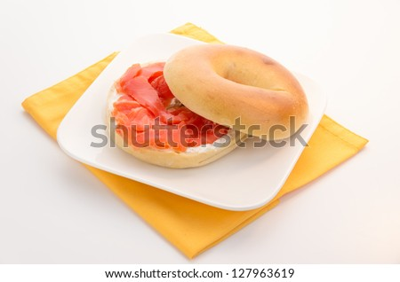 Plane bagel with smoked salmon