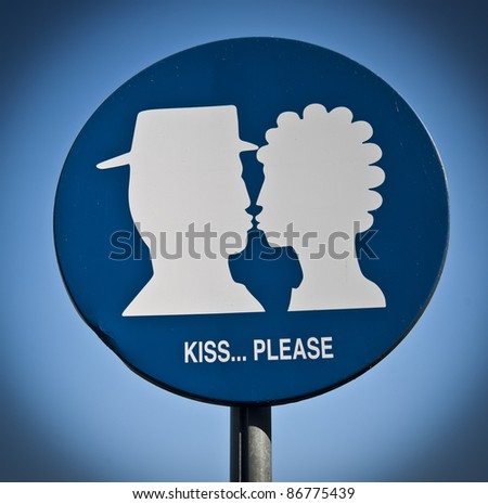 Please.. kiss!