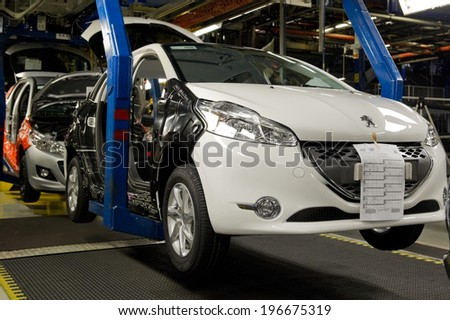 Peugeot 207 stock images royalty free images vectors for Garage peugeot poissy
