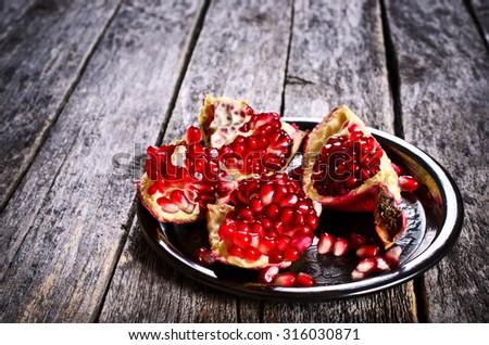 Cherry Pie Stock Photo 394410244 - Shutterstock