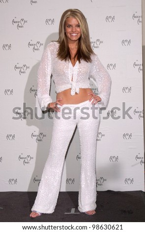 Pop star JESSICA SIMPSON at the 28th Annual American Music Awards in Los Angeles. 08JAN2001.   Paul Smith/Featureflash - stock photo