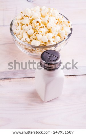 Popcorns and sold shaker