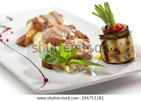 Pork Medallions with Mashed Potato and Mushrooms