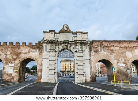 Porta San Giovanni is a gate in the Aurelian Wall of Rome, spanning piazzale Appio; a 'modern' door that pope Gregory XIII had built in 1574 by Michelangelo's apprentices, Jacopo (Giacomo) Del Duca - stock photo