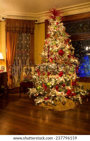 PORTLAND, OR - DECEMBER 13, 2014. Victorian style Christmas tree in the Victorian Belle.