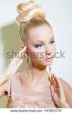 Blonde Model Big Hair Rhinestone Hair Stock Photo 17746813