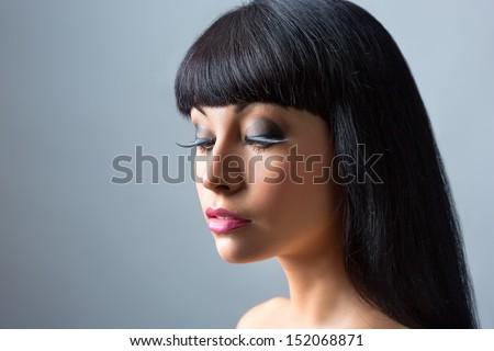 Portrait.of beautiful fashion brunette model - stock photo