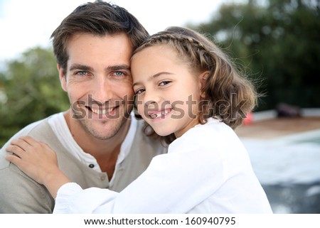 Portrait of daddy with cute little girl