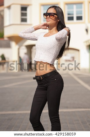 Portrait of stylish brunette fashionable summer beauty outdoors.