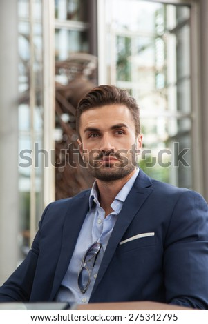 Portrait of young business man
