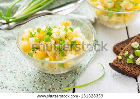 Potatoes salad with green onion