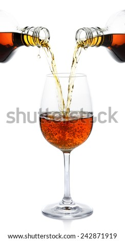 pour whisky into glass