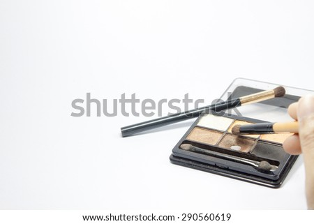 powder and brush cosmetics