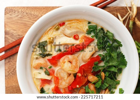 prawn noodle in a bowl.
