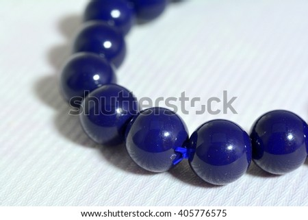 Precious beads necklace for decoration on the arm.
