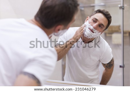 Prepping face for daily shaving
