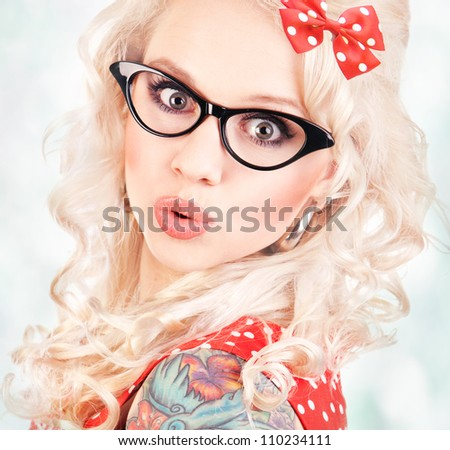 Pretty pin up girl - stock photo