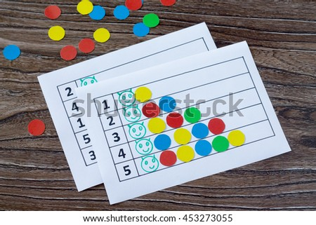 Print version. A collection of flash cards for the numbers with colored circles - put a caterpillar. The idea of learning in kindergarten, at home, to study color. - stock photo