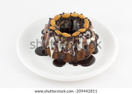 pudding cake with chocolate and almonds