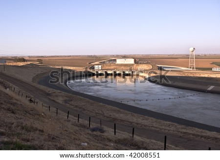 Pumping station on the large water canal in the Central Valley of California