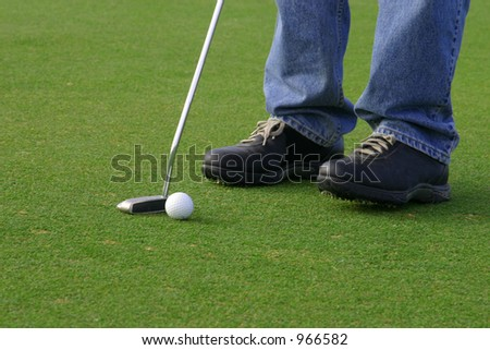 Putting - stock photo