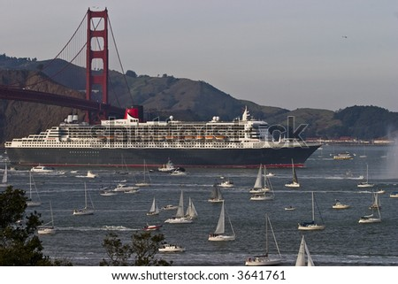 Queen Mary 2 visits San Francisco - stock photo