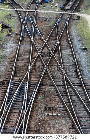 Railway tracks with crossing train tracks