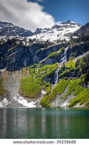 Rainy Lake and waterfall in the North Cascades