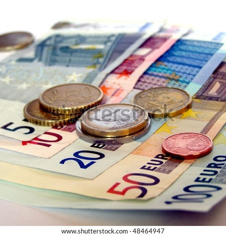 Range of Euro coins and bank notes