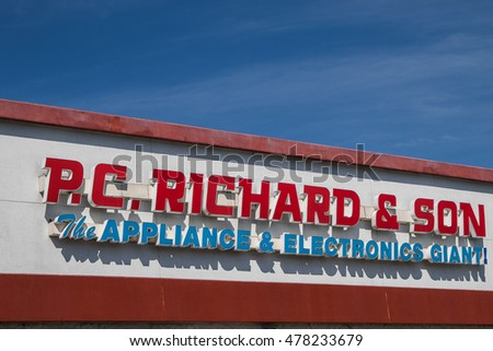 Raritan, NJ, August 27, 2016: The P.C.Richard and Son store sign.