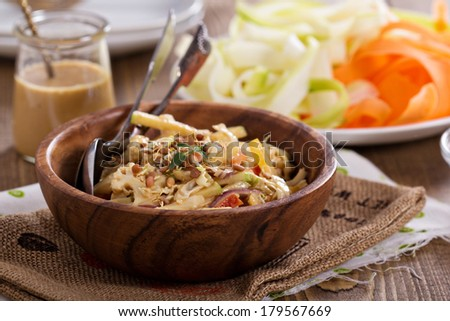 Raw pad thai salad with vegetable pasta