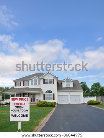 Real Estate For Sale Open House Welcome Sign on Front Yard Lawn of Suburban Residential Neighborhood Home Blue Cloud Sky - stock photo