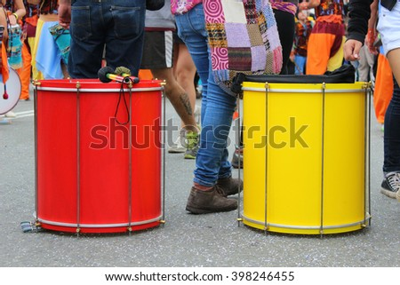 Red and yellow Drums at Carnaval Mil Tambores in Valparaiso, Chile  2016-10