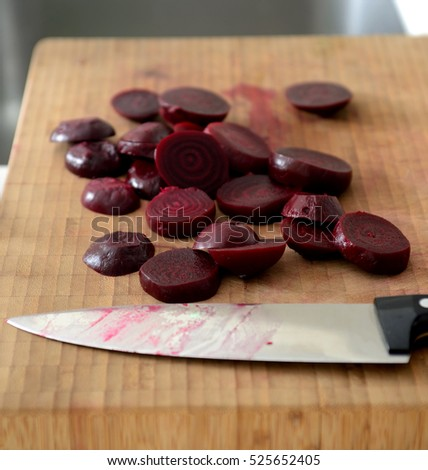 red beet slices
