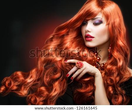 Tóc Đỏ.  Thời trang Girl Portrait.  Tóc xoăn dài