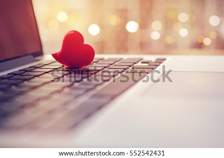 Online dating and valentines day