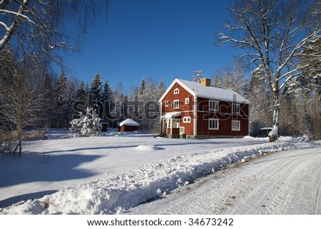 Red house in the snow 02