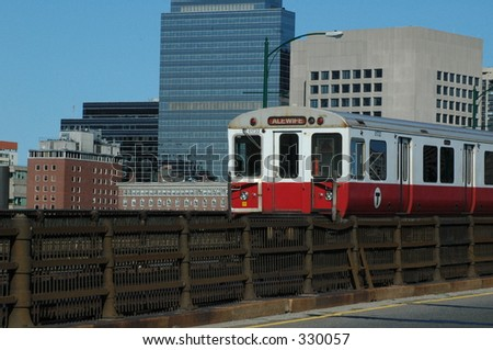 Red Line Train crossing the Charles River