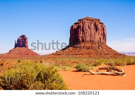 Red rock formations in Monument Valley Rote Felsformationen im Monument Valley - stock photo