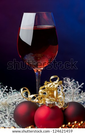 Red wine and Christmas decoration gifts tinsel