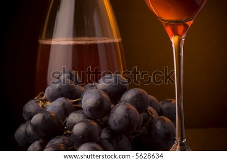 red wine glass jug details grape