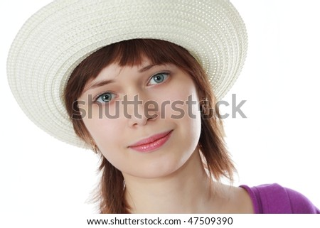 red woman in hat