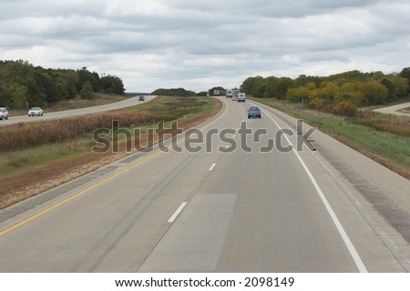 reduced-traffic highway in the north of the usa