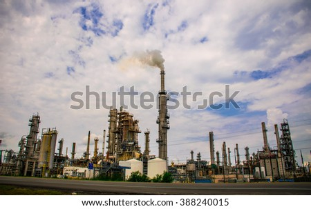 Refineries in Texas Toxic Petro Chemical Fossil Fuel Plants creating Pollution Creating Oil and Gasoline it is time to stop these Companies deadly cancer chemical exhaust  - stock photo