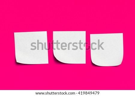 Reminder sticky notes on red background