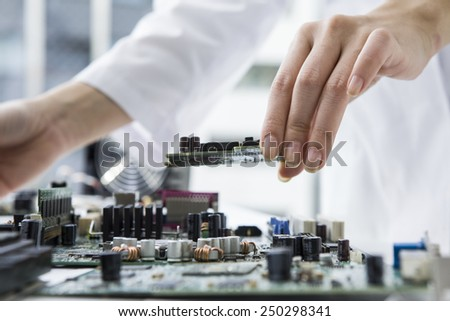 Researcher who studies the computer parts