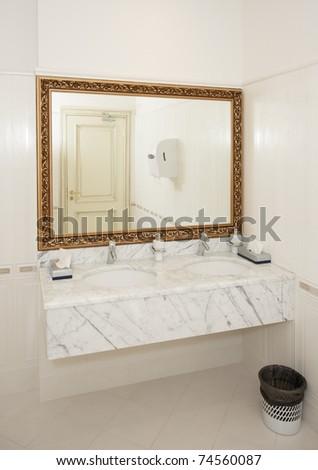 Public Bathroom Mirror Stock Photos Images Pictures Shutterstock