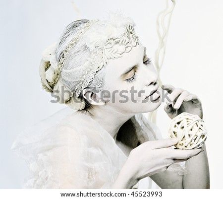 Retro portrait of bright white lady with braided ball